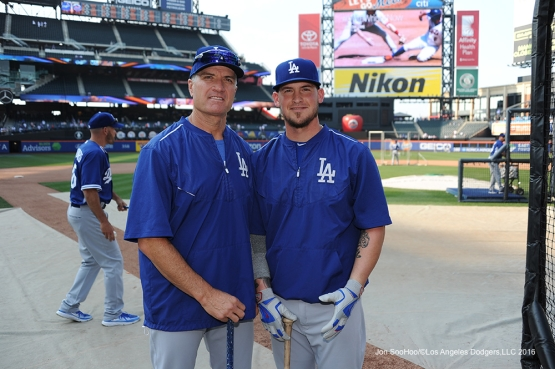 Bob Geren and Yasmani Grandal pose prior to game against the New York Mets Friday, May 27, 2016 at Citi Field in Flushing,New York.