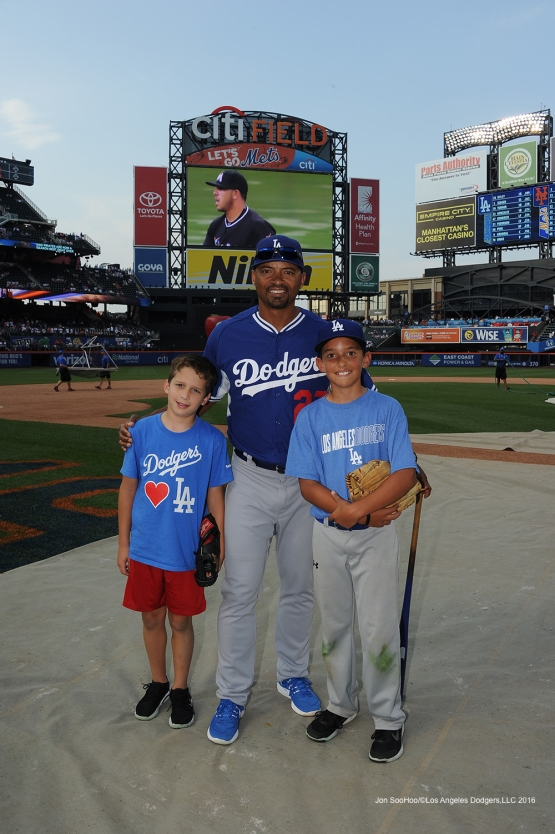 George Lombard and sons pose prior to game against the New York Mets Friday, May 27, 2016 at Citi Field in Flushing,New York.