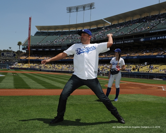 Oscar De La Hoya warms up prior to game against the San Diego Padres Sunday, May 1,2016 at Dodger Stadium in Los Angeles,California.