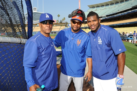 Los Angeles Dodgers Manny Mota and Yasiel Puig pose with Mets Alejandro De Azaprior to game against the New York Mets Tuesday, May 10,2016 at Dodger Stadium in Los Angeles,California.  Jon SooHoo/©Los Angeles Dodgers,LLC 2016