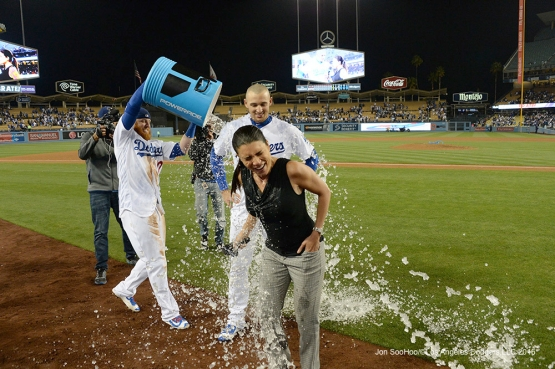 Los Angeles Dodgers Justin Turner greets Trayce Thompson with the Powerade Bucket after his walk off home run in the ninth against the New York Mets Tuesday, May 10,2016 at Dodger Stadium in Los Angeles,California. The Dodgers beat the Mets 3-2.  Jon SooHoo/©Los Angeles Dodgers,LLC 2016