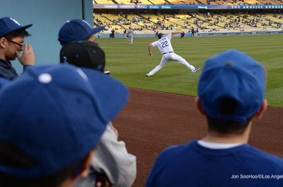 Los Angeles Dodgers Clayton Kershaw warms up prior to game against the New York Mets Thursday, May 12, 2016 at Dodger Stadium in Los Angeles,California.  Jon SooHoo/©Los Angeles Dodgers,LLC 2016