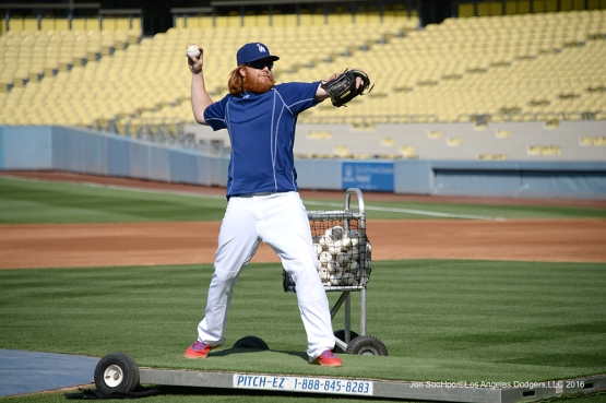 Los Angeles Dodgers Justin Turner throws prior to game against the St. Louis Cardinals Friday, May 13, 2016 at Dodger Stadium in Los Angeles, California.  Jon SooHoo/©Los Angeles Dodgers,LLC 2016