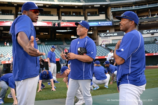 Yasiel Puig, Dave Roberts and Howie Kendrick prior to game against the Los Angeles Angels of Anaheim Thursday, May 19, 2016 at Angels Stadium in Anaheim, California.  Jon SooHoo/©Los Angeles Dodgers,LLC 2016