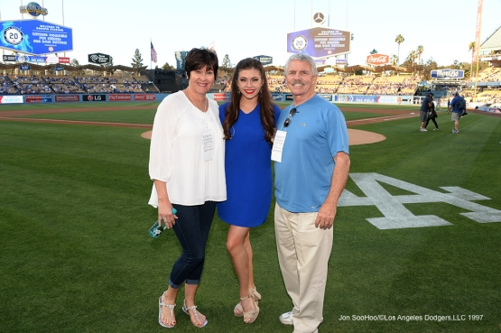 Anthem Singer Ellie Smith poses with family prior to Los Angeles Dodgers game against the Atlanta Braves Saturday, June 4, 2016 at Dodger Stadium in Los Angeles,California. Photo by Jon SooHoo/© Los Angeles Dodgers,LLC 2016