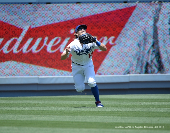 Los Angeles Dodgers Kike Hernandez runs down fly ball against the Atlanta Braves Sunday, June 5, 2016 at Dodger Stadium in Los Angeles,California. Photo by Jon SooHoo/© Los Angeles Dodgers,LLC 2016