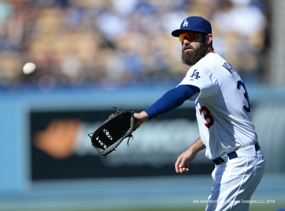 Los Angeles Dodgers Scott Van Slyke catches ball against the Atlanta Braves Sunday, June 5, 2016 at Dodger Stadium in Los Angeles,California. Photo by Jon SooHoo/© Los Angeles Dodgers,LLC 2016
