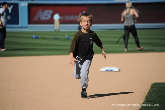 Los Angeles Dodgers Kids Run the Bases after game against the Atlanta Braves Sunday, June 5, 2016 at Dodger Stadium in Los Angeles,California. Photo by Jon SooHoo/© Los Angeles Dodgers,LLC 2016