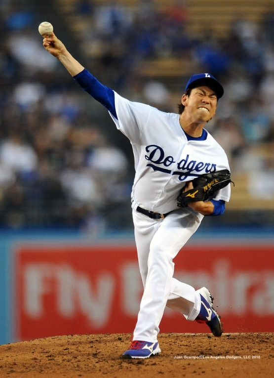 Kenta Maeda pitches against the Rockies.