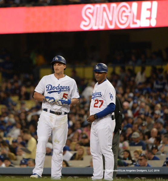 Corey Seager connects for a single. Jill Weisleder/Dodgers