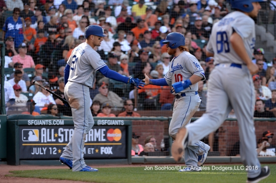 Los Angeles Dodgers Justin Turner scores against the San Francisco Giants Saturday, June 11, 2016 at AT&T Park in San Francisco, California. Photo by Jon SooHoo/© Los Angeles Dodgers,LLC 2016