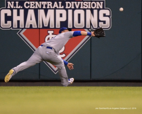Los Angeles Dodgers Joc Pederson runs down ball during game against the St. Louis Cardinals at Busch Stadium Friday, July 22, 2016 in St.Louis, Missouri.  Photo by Jon SooHoo/©Los Angeles Dodgers,LLC 2016