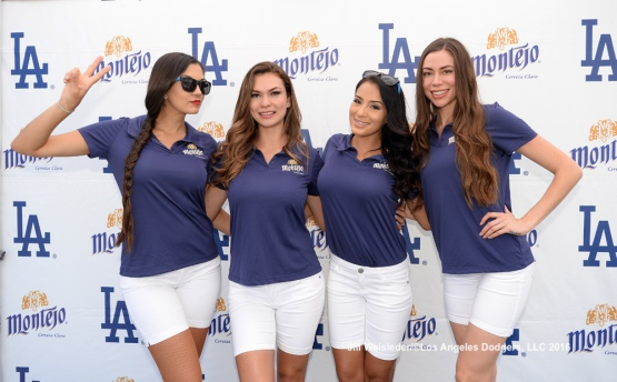 The Montejo girls pose for a photo at Viva Los Dodgers. Jill Weisleder/Dodgers