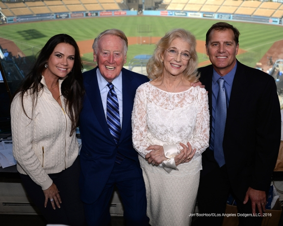 Vin Scully and family Friday, September 23, 2016 at Dodger Stadium. Photo by Jon SooHoo/©Los Angeles Dodgers,LLC 2016