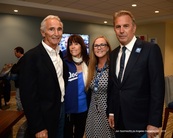 Sandy Koufax and Kevin Costner pose Friday, September 23, 2016 at Dodger Stadium. Photo by Jon SooHoo/©Los Angeles Dodgers,LLC 2016