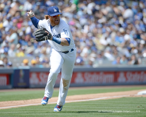 Los Angeles Dodgers Justin Turner throws to first during game against the San Diego Padres Sunday, September 4, 2016 at Dodger Stadium. Photo by Jon SooHoo/©Los Angeles Dodgers,LLC 2016