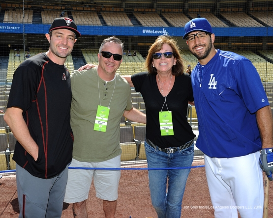 Los Angeles Dodgers during game against the Arizona Diamondbacks Monday, September 5, 2016 at Dodger Stadium. Photo by Jon SooHoo/©Los Angeles Dodgers,LLC 2016