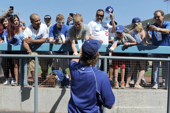 Clayton Kershaw signs for fans prior to game against the Arizona Diamondbacks Monday, September 5, 2016 at Dodger Stadium. Photo by Jon SooHoo/©Los Angeles Dodgers,LLC 2016