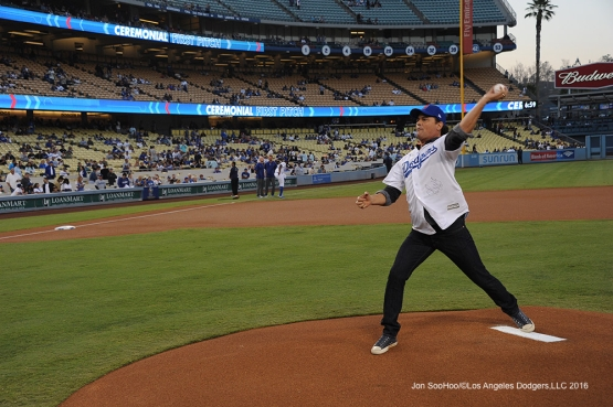 Columbia's popular musician Carlos Vives throws out the first pitch prior to game against the Arizona Diamondbacks Tuesday, September 6, 2016 at Dodger Stadium. Photo by Jon SooHoo/©Los Angeles Dodgers,LLC 2016