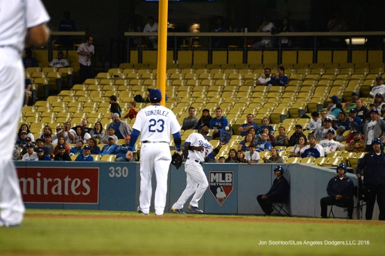 Yasiel Puig runs down fly ball against the Arizona Diamondbacks Wednesday, September 7, 2016 at Dodger Stadium. Photo by Jon SooHoo/©Los Angeles Dodgers,LLC 2016