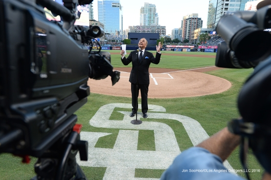 Dick Enberg looks up to the sky during a pregame ceremony in his honor Thursday, September 29, 2016 at Petco Park. Photo by Jon SooHoo/©Los Angeles Dodgers,LLC 2016