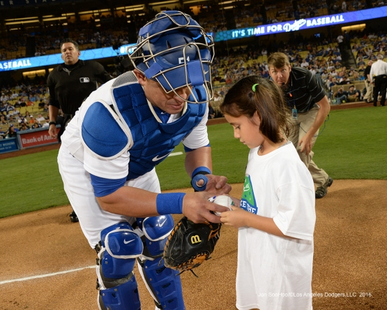 Carlos Ruiz with fans prior to game against the San Francisco Giants Wednesday, September 21, 2016 at Dodger Stadium. Photo by Jon SooHoo/©Los Angeles Dodgers,LLC 2016
