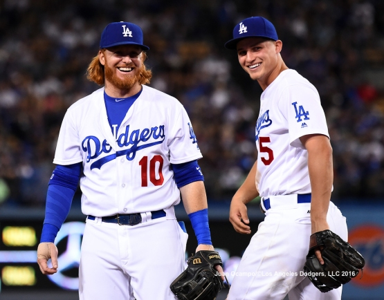 Justin Turner and Corey Seager share a light moment.