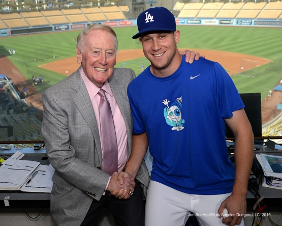 Vin Scully with Brock Stewart Thursday, September 22, 2016 at Dodger Stadium. Photo by Jon SooHoo/©Los Angeles Dodgers,LLC 2016