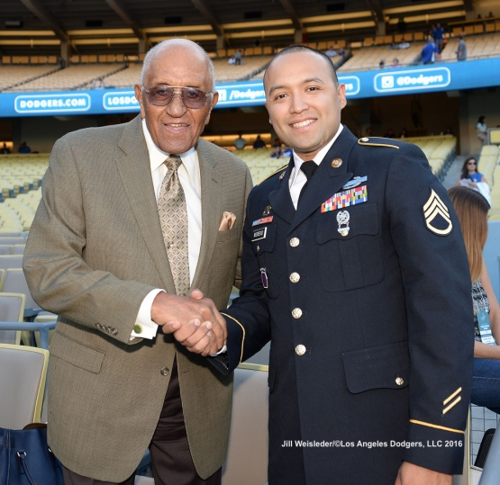 Don Newcombe and U.S. Army Staff Sergeant Dagoberto Moreno Jr. pose for a photo prior to the game. Jill Weisleder/Dodgers