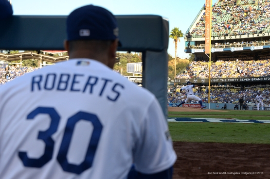 NLCS Game Four-Chicago Cubs vs Los Angeles Dodgers Wednesday, October 19, 2016 at Dodger Stadium in Los Angeles,. Photo by Jon SooHoo/©Los Angeles Dodgers,LLC 2016