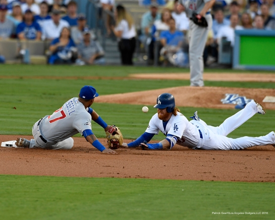 2016 NLCS Game 4---Los Angeles Dodgers vs Chicago Cubs Wednesday, October 19, 2016 at Dodger Stadium in Los Angeles, California. Photo by Patrick Gee/© Los Angeles Dodgers, LLC 2016